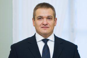 Naujo ministro pažadas pareigūnams – tūkstantis eurų į rankas