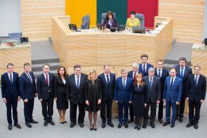 Vyriausybė renkasi į pirmąjį posėdį