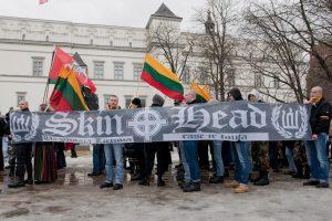 Lenkija svarsto lietuvius nacionalistus prilyginti vokiečių naciams