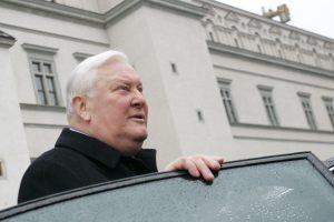 Daugiausia Lietuvai nuveikusiu prezidentu laikomas A. Brazauskas
