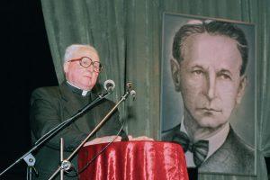 Monsinjoro K. Vasiliausko biografijoje – svarbiausių Lietuvos įvykių ženklai