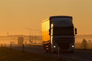 Pietryčių Lietuvoje ir Tauragės apskrityje eismą sunkina rūkas