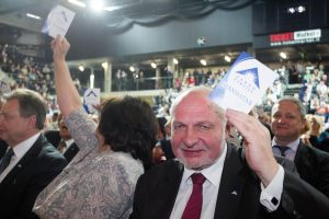 Darbo partija naują pirmininką rinks gruodį
