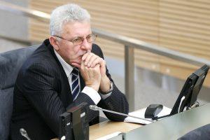 A. Salamakinas: priimame sprendimus dėl vieno šiltnamio