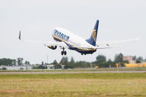 Lietuvos oro erdve šiemet pasinaudojo 110 tūkst. lėktuvų
