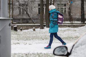 Įspėja tėvus: esant 20 laipsnių šalčio pradinukai gali likti namie