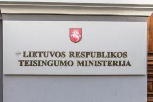 Dėl pažeidimų Teisinės pagalbos tarnyboje – tyrimas