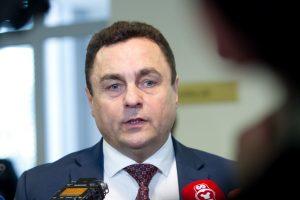"""Etikos komisija pradės tyrimą dėl P. Gražulio """"lexuso"""""""