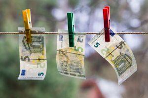 Vyriausybė įsteigė šešėlinės ekonomikos mažinimo komisiją