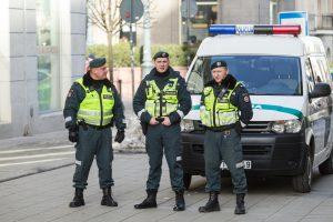 Viešojo saugumo tarnybų dėmesys – kovai su terorizmu ir smurtu