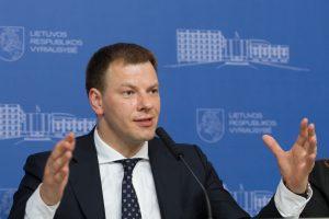V. Šapoka žada vėl grįžti prie NT ir automobilių mokesčių