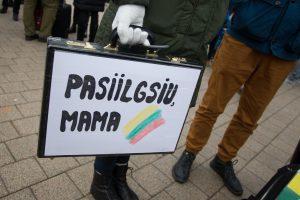 Emigranto daliai ryžtasi mažiau lietuvių