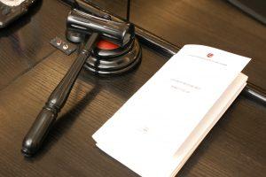 Prieš teismą stos trys antivalstybine veikla kaltinami asmenys