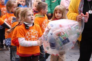 Darželinukus mokys rūšiuoti atliekas