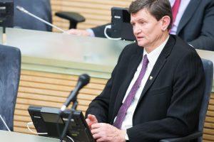 Merai ir savivaldybės politikai galės turėti visuomeninius konsultantus