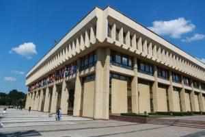 Seimo neeilinės sesijos sąraše – V. Landsbergio, šmeižto ir Konstitucijos klausimai