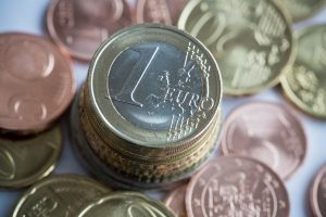 Draudžiamosios pajamos – 16 centų didesnės