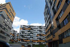 """""""Swedbank"""": žmonių galimybės įpirkti butus sumažėjo"""
