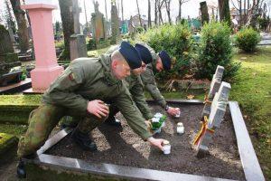 Visoje Lietuvoje pagerbiamas žuvusių laisvės gynėjų atminimas