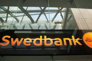 """S. Jakeliūnas: SEB arba """"Swedbank"""" turėtų būti parduotas"""