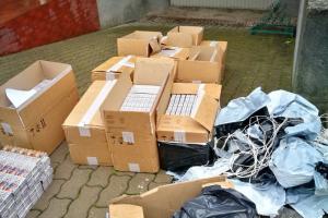 Baltarusijos pasienyje įkliuvo į slėptuvę kontrabandą krovę vilniečiai