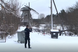 Nelaimė darbe: Vilniuje sužalotas šiukšliavežės krovėjas