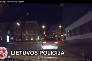 Vilniaus policija naktį po visą miestą vaikėsi vogtą automobilį