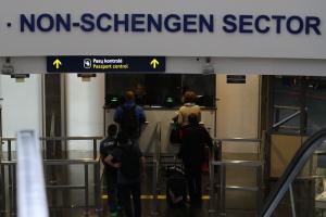 Oro uoste įkliuvo Prancūzijos policijos ieškotas vilnietis