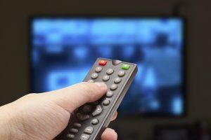 Tyrimas: televiziją jaunimas laiko tėvų ir senelių informavimo priemone