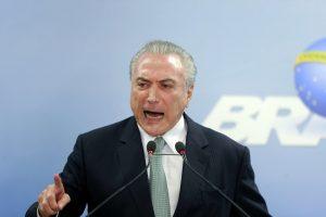 Brazilijos prezidentas kaltinamas bandęs trukdyti korupcijos tyrimui