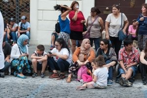 Rytų Europos gyventojų dėl emigracijos sparčiai mažėja, Vakarų Europos – daugėja