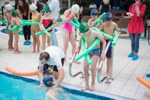 Beveik 7,5 tūkst. šalies pradinukų mokysis plaukti