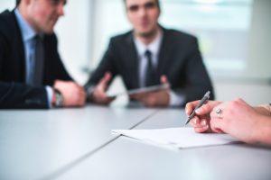 Darbuotojų ieškanti įmonė: darbo patirtis – ne visada privalumas