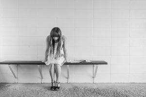 Prekyba žmonėmis: nusikaltėliai vis dažniau atsisuka į socialinius tinklus