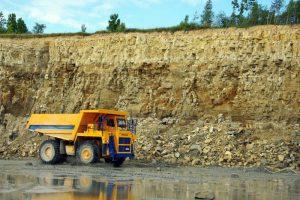 Geologai vasarą intensyviai tikrina karjerus