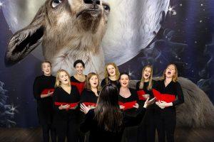 Kalėdinių dainų koncertas – pamėgdžiojant ožkų mekenimą