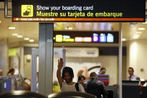 Krizės svetur išvyti ispanai mėgina grįžti namo