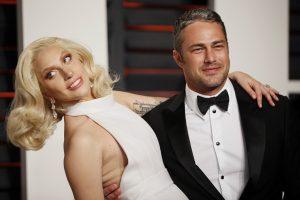 Puota atšaukta: dainininkė Lady Gaga išsiskyrė su sužadėtiniu