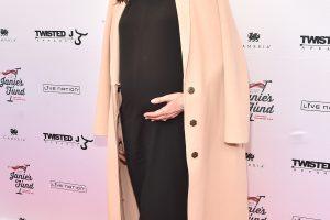 Aktorė L. Tyler tapo daugiavaike mama – susilaukė trečios atžalos