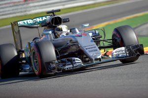 "Ar L. Hamiltonas triumfuos penktame ""Formulės-1"" etape iš eilės?"