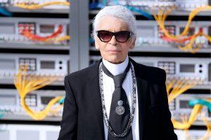K. Lagerfeldas išbarė K. Kardashian už puikavimąsi deimantais