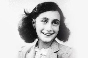 Pagal sukrečiančią žydų mergaitės A. Frank istoriją kuriamas dar vienas filmas