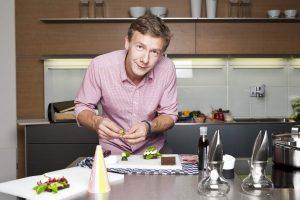 Virtuvės šefas D. Praspaliauskas kviečia į labdaringus pusryčius
