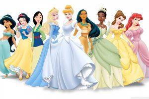 """TV produkcijos kūrėjai verčiami permąstyti """"žalingą"""" princesių kultūrą"""