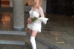 Serialų aktorė E. Malaškevičiūtė pasipuošė koketiška nuotakos suknele