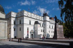 Birželį Valdovų rūmų muziejus dirbs ilgiau, liepą – keis kainas