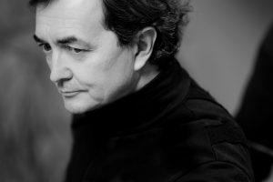 Fortepijono įžymybės P.-L. Aimard'o koncertas nukeltas į gruodį