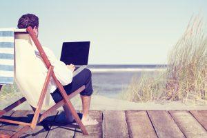 Jei įgriso kasdien kankintis biure – nuotolinio darbo pranašumai