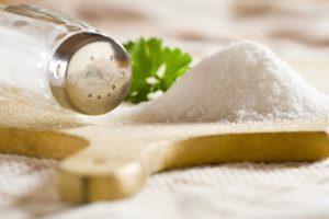 Lietuviai suvartoja dvigubai daugiau druskos, nei reikėtų