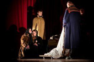 Agluonėnų klojimo teatras vaidins Brechtą